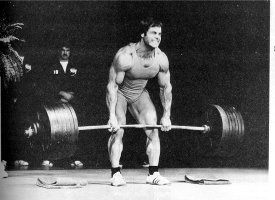 franco-columbu-deadlift1